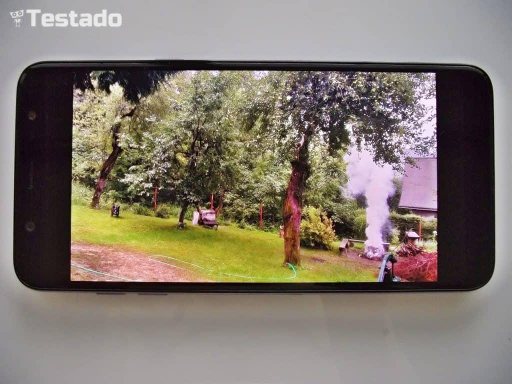 Recenzia Samsung Galaxy A6+ displej