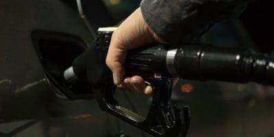 Najlepšie motorové oleje do áut – recenzie a rady ako vyberať