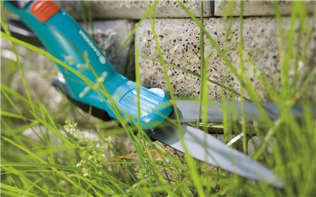 Nožnice na trávu 1