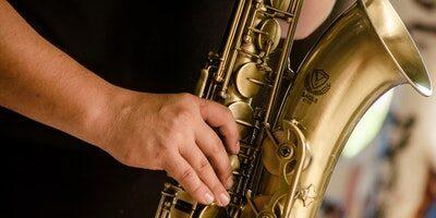 Najlepšie saxofóny – recenzie a tipy 2020