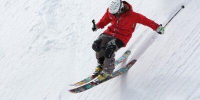 Najlepšie lyžiarske prilby – recenzie atest 2021