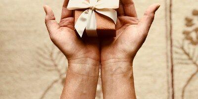 Najlepšie darčeky pre kamošku či najlepšiu kamarátku